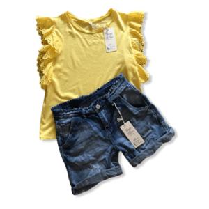 Gele Shirt Met Jeans Short